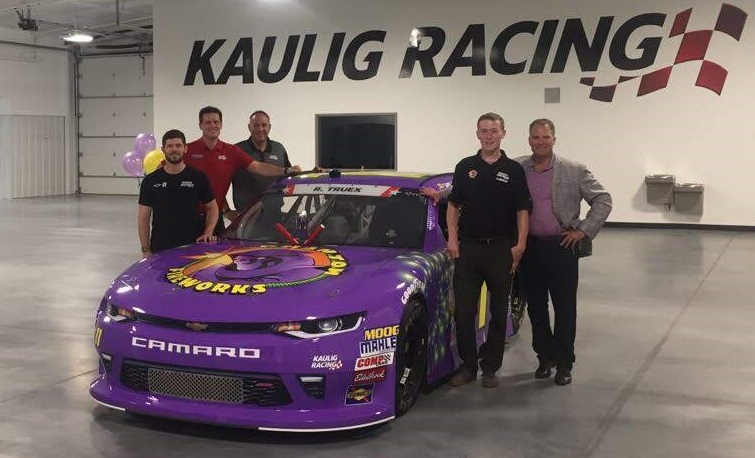Phantom Fireworks teams up with Kaulig Racing